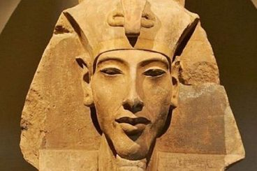 Akhenaton, faraone eccentrico